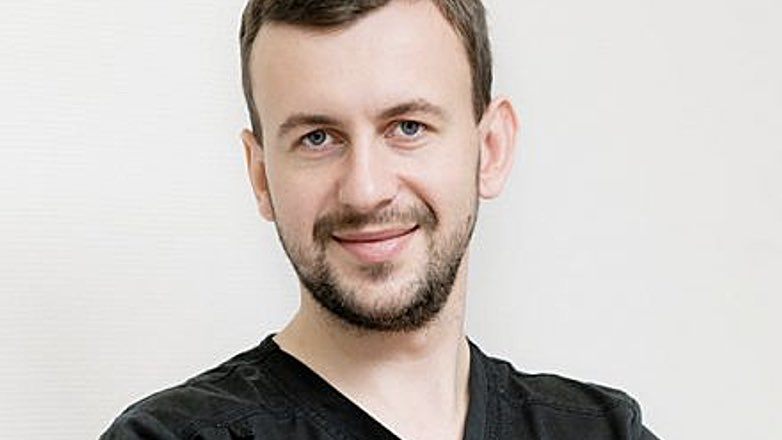 Главврач стоматологической клиники Дмитрий Рудомин ответил на вопросы о риске заражения коронавирусом во время посещения стоматолога