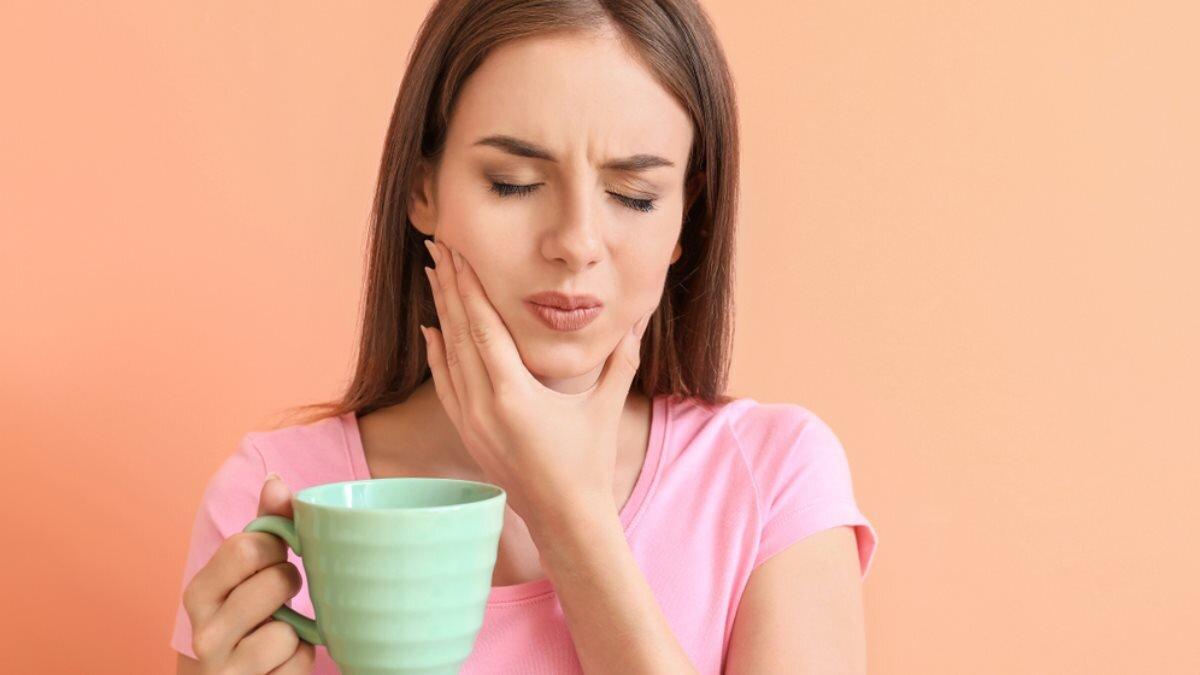 Названы продукты и напитки, которые негативно влияют на здоровье зубов